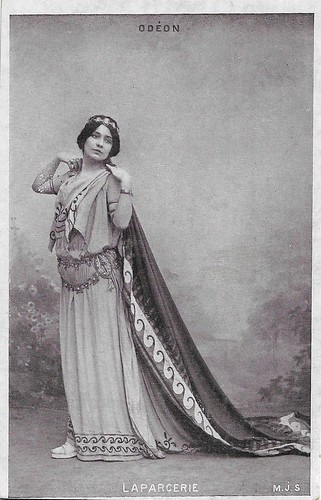 Cora Laparcerie (1896)