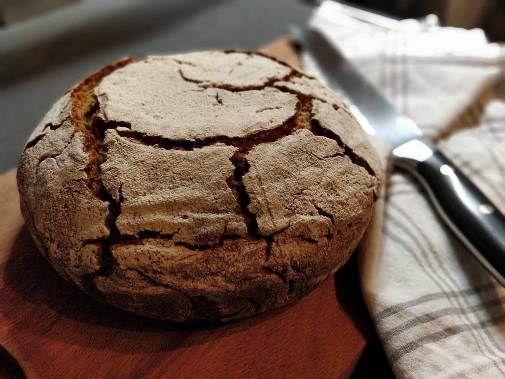 Vollkorn-Gewürz-Brot