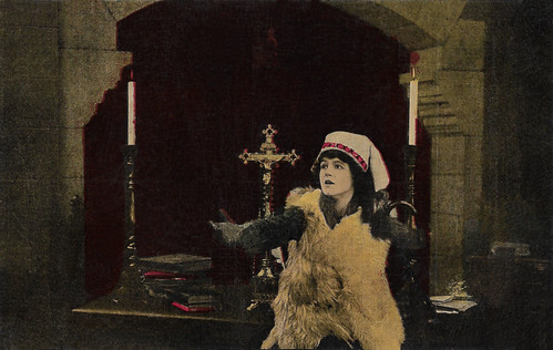 Marguerite Clark in Out of the Drifts (1916)