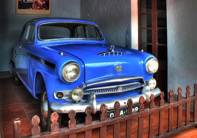 Huế VN - Thiên Mụ Pagoda - Austin motor vehicle of Thích Quảng Đức 03