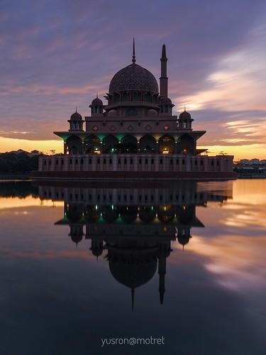 sunrise visitmalaysia2020 masjidputra yusronmotret landscape urbanexploration