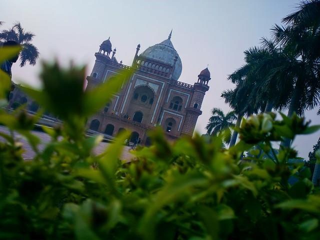 Safdarjung tomb #nokia #nokia808pureview #nature # photography #photographer #weekend #indiamonumemts #delhi #lumia1020 #pureviewphotograpger
