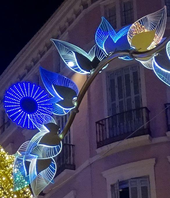 DSC02559MalagaKerstverlichtingWinkelstraat