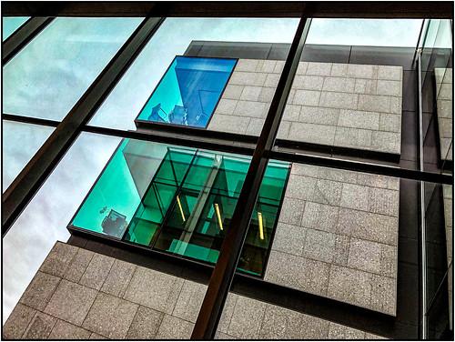 building 1219 large window sky mfa 2019 sliderssunday boston massachusetts unitedstatesofamerica