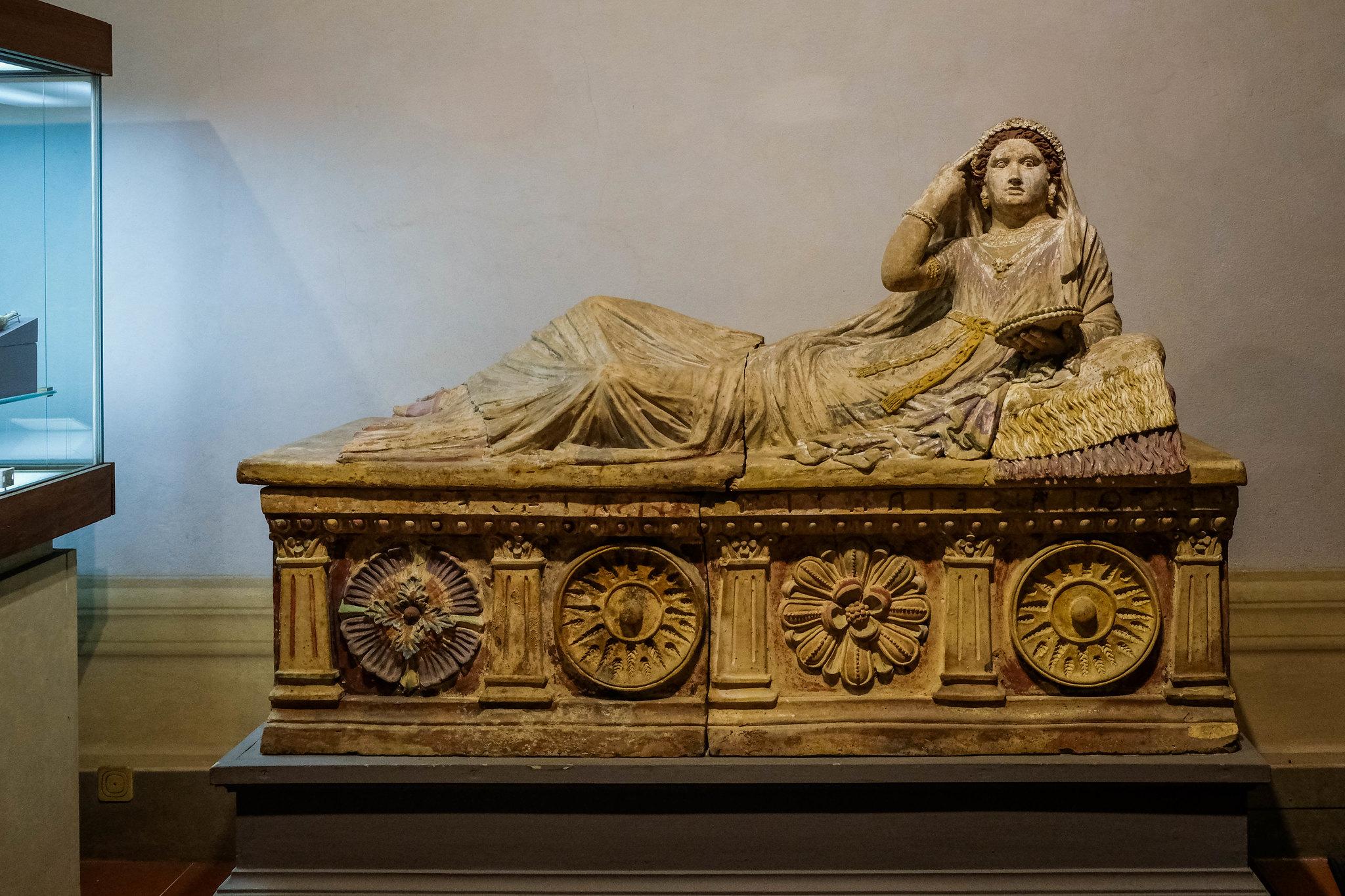 Etruscan funerary art