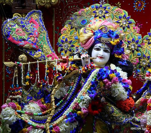 ISKCON Juhu Sringar Deity Darshan on 29th Dec 2019
