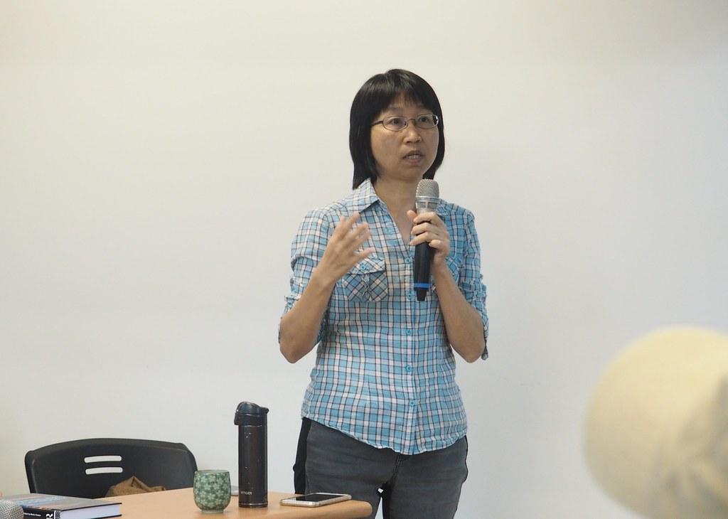 中山大學社會系副教授邱花妹表示,未來將推動在地維修咖啡館。攝影:李育琴