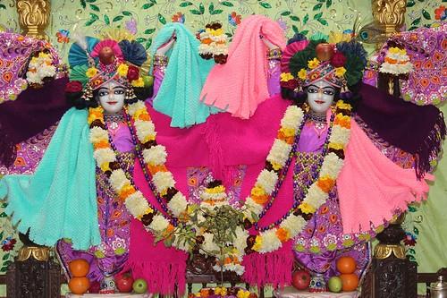 ISKCON Kanpur Deity Darshan 29 Dec 2019