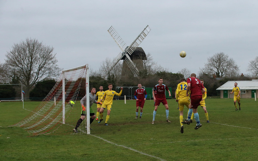 New Bradwell St Peters v Aston Clinton