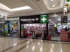 Picture of Superdrug, 13-17 Centrale