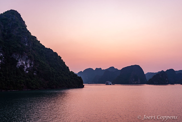 Sunset in Lan Ha Bay