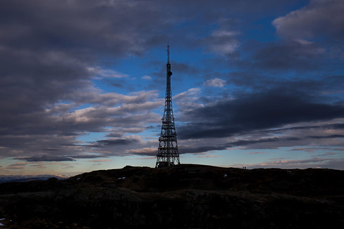 tower signals connection tv mountains view clouds silhouette silhouettes peak people hiking sky black contrasts canoneos6d radio nature landscape paysage mood outdoors abend landschaft colors blue norway norwegen natur mountain winter snow cold shadows