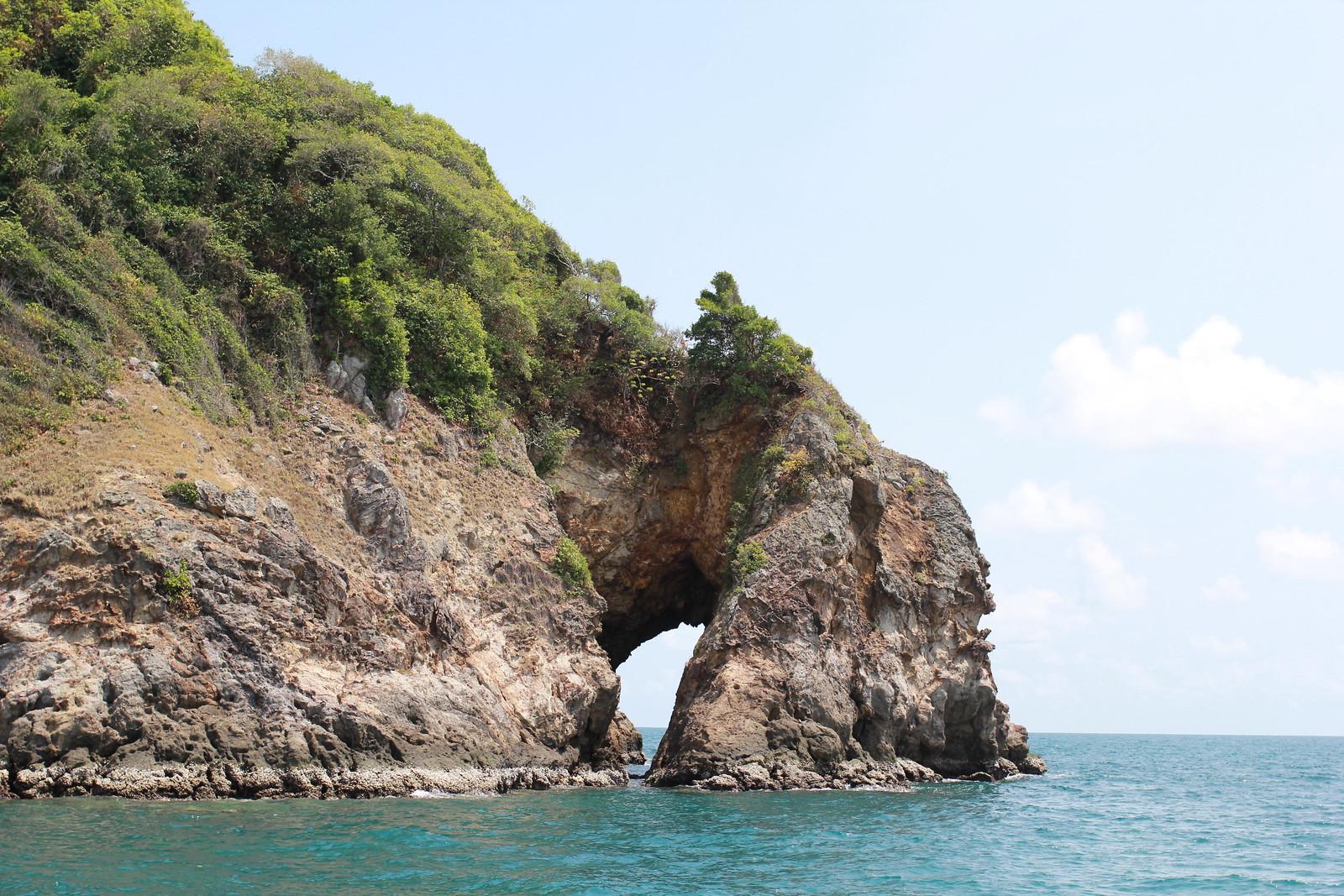 Koh Tha Lu - ช่องทะลุ เกาะทะลุ ระยอง