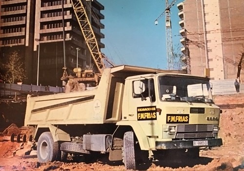 Ebro P200 Excavacions F M Frias
