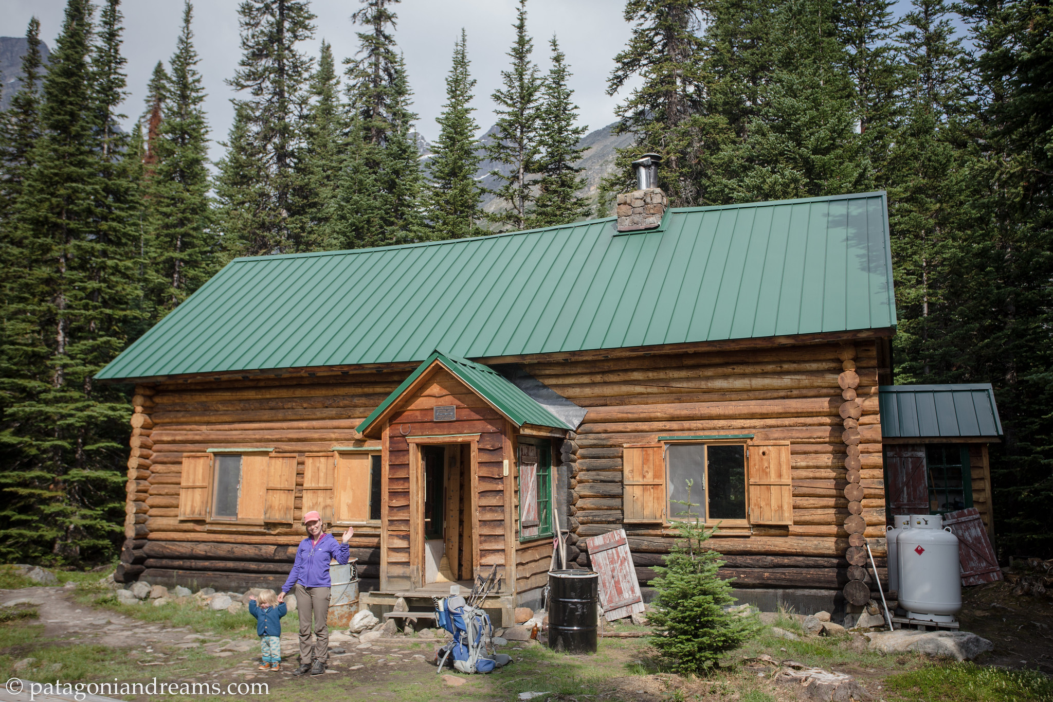 Wates-Gibson Hut Hut!