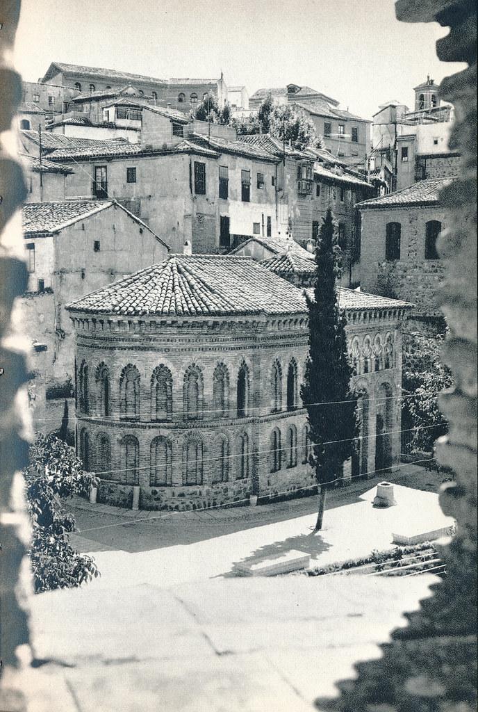 Mezquita del Cristo de la Luz en Toledo hacia 1967 por Marc Flament