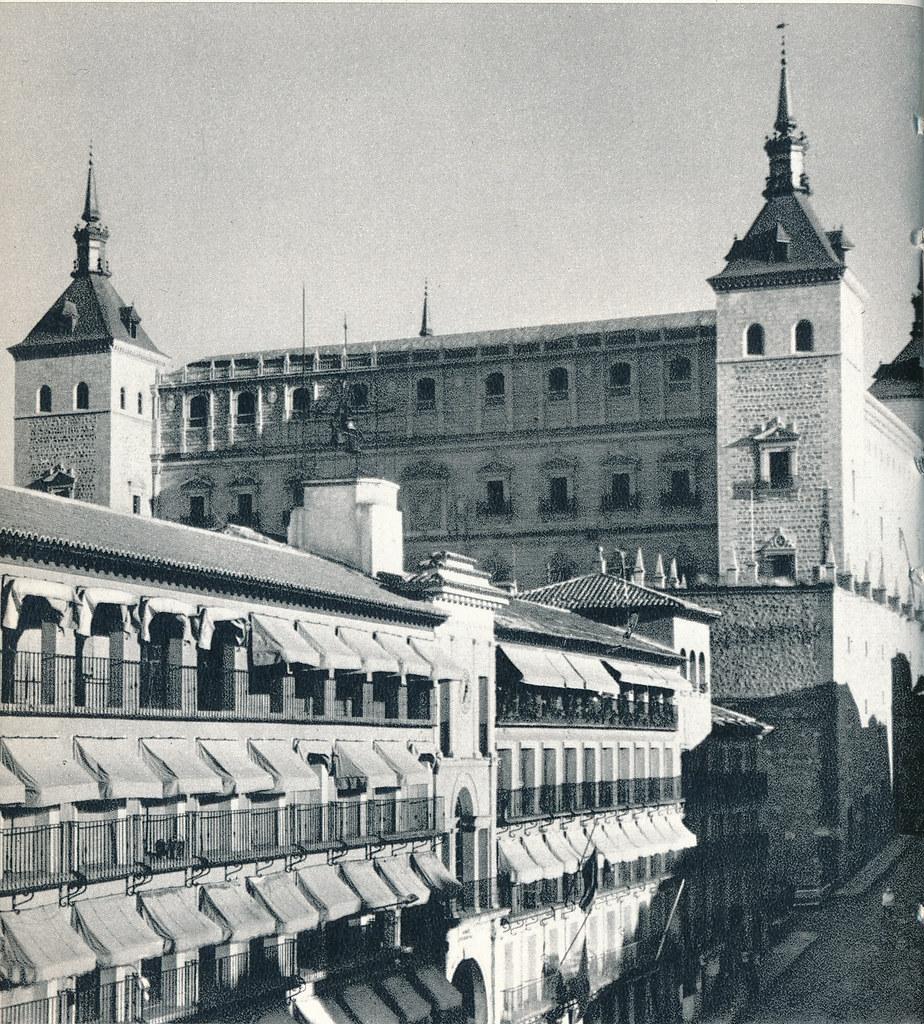 Alcázar de Toledo hacia 1967 por Marc Flament