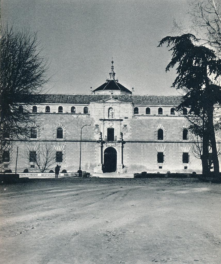 Parque de la Vega y Hospital Tavera en Toledo hacia 1967 por Marc Flament