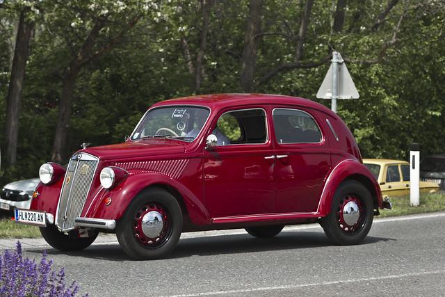 Lancia Ardea Berlina 1952 (1742)