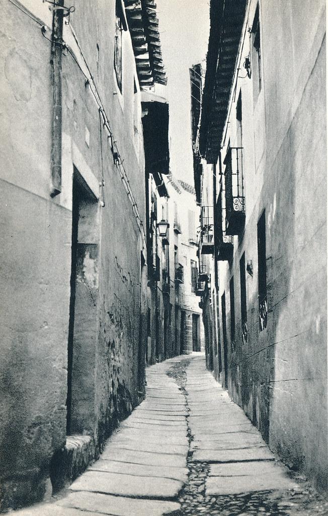 Calle de la Campana en Toledo hacia 1967 por Marc Flament