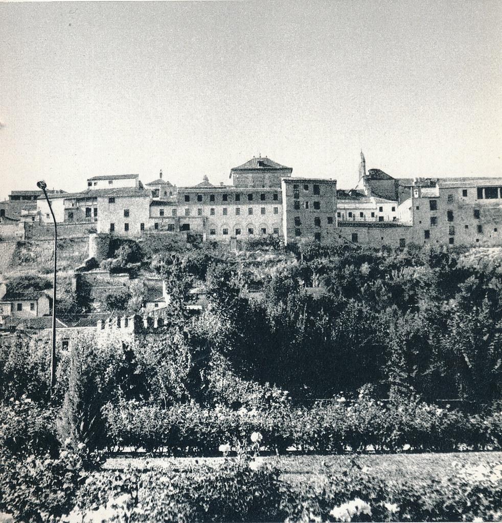 Vista desde el parque de la Vega en Toledo hacia 1967 por Marc Flament