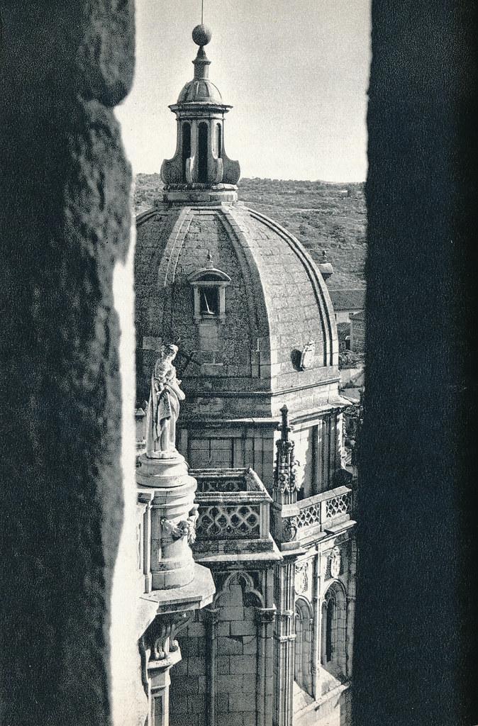 Cúpula de la capilla mozárabe de la Catedral de Toledo hacia 1967 por Marc Flament