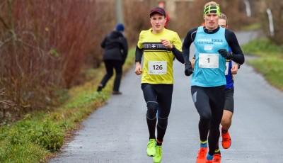 Štěpánský běh ve Zlíně vyhráli triatlonisté Čelůstka a Svobodová