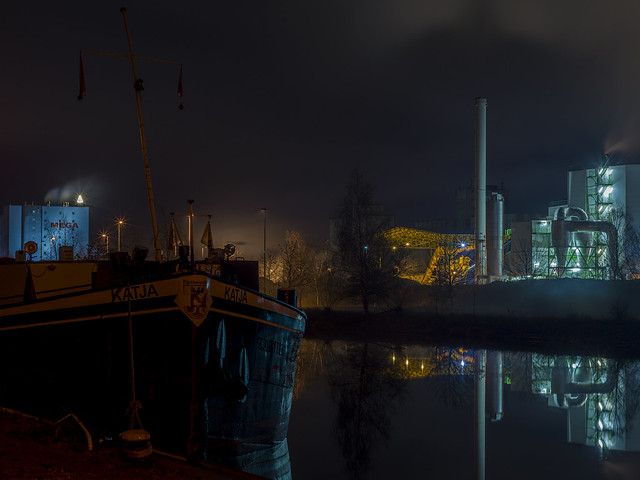 Evening at the Harbour (III)