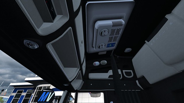 Indel B interior,  stayed more or less.