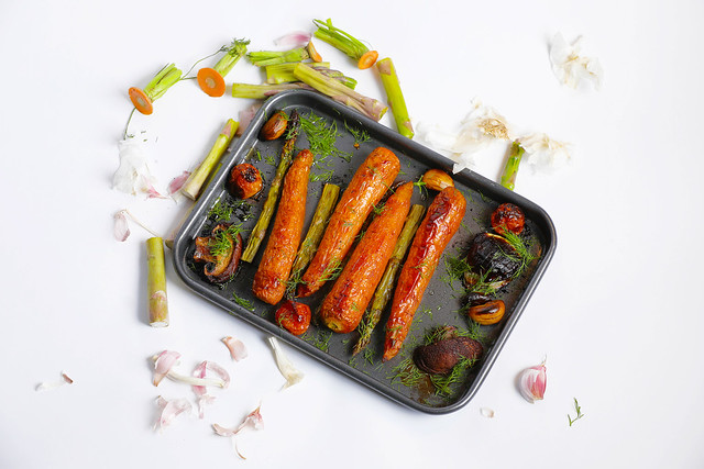 Carrots in a frying pan