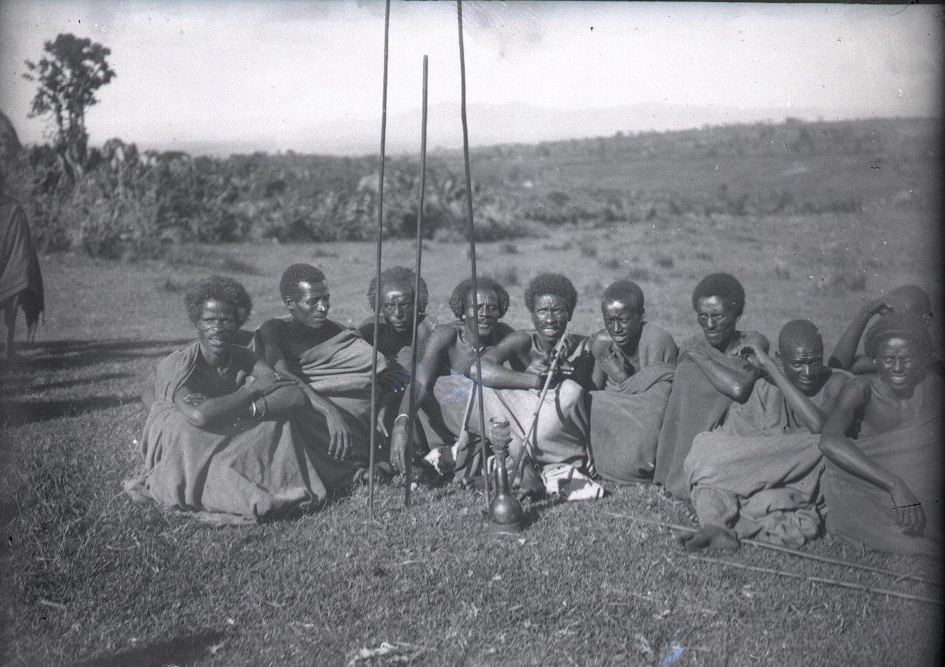 509. Жители провинции Уоламо на базаре. Омето