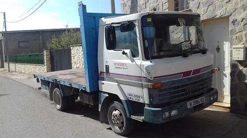 camio Nissan L35