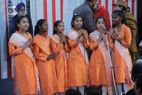 Welcome song by Bal Sangat, Bareilly, UP