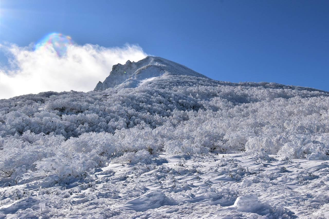 磐梯山と樹氷