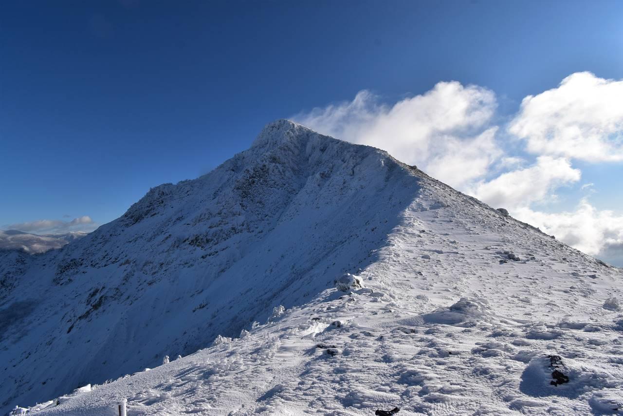 雪の磐梯山・櫛ヶ峰