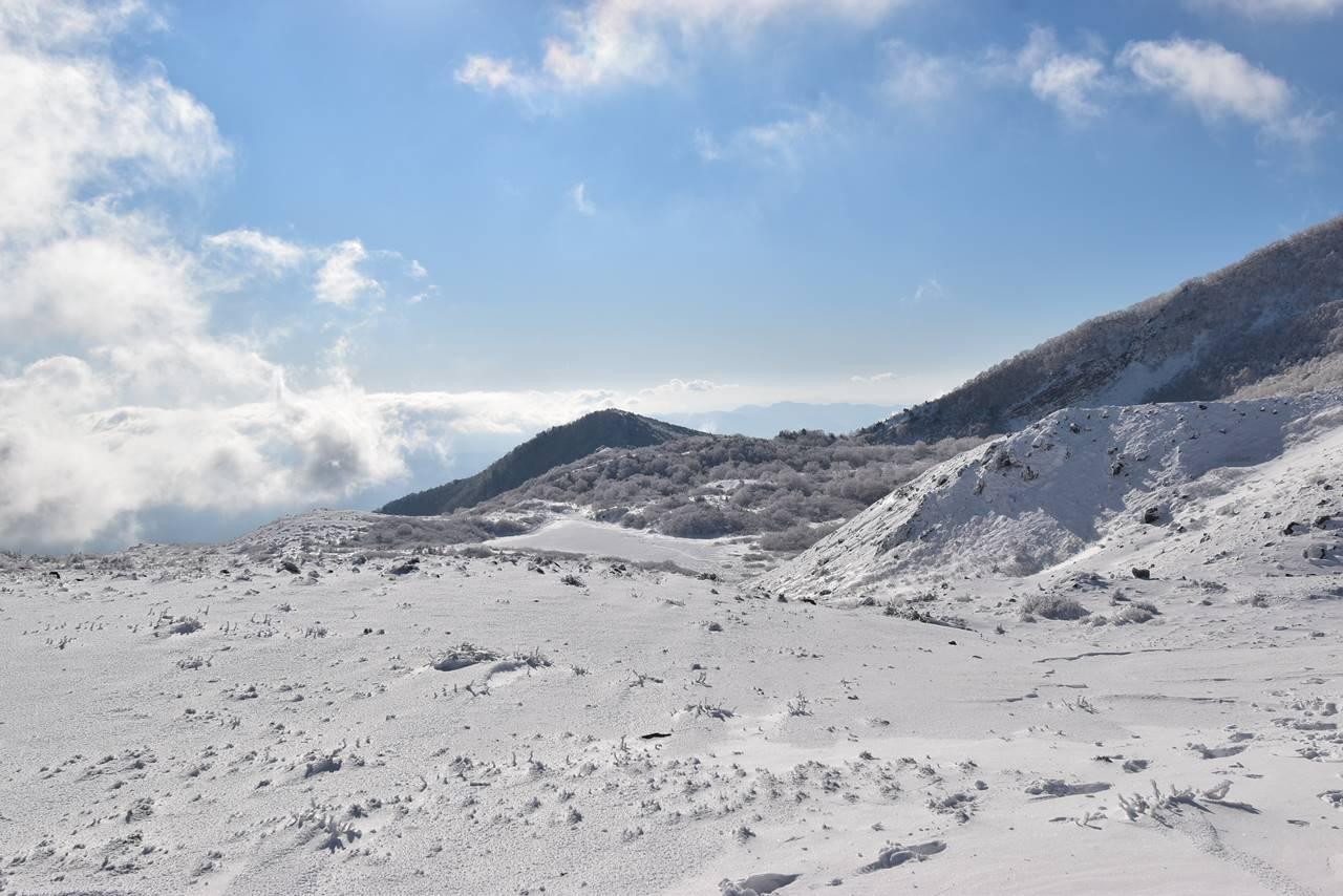 冬の磐梯山 樹氷の沼ノ平