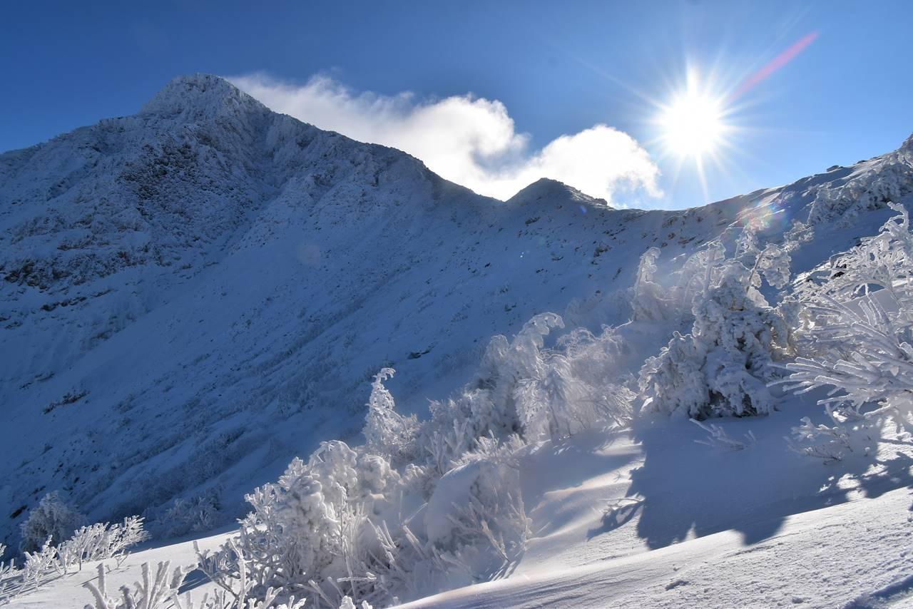 冬の磐梯山 櫛ヶ峰と樹氷