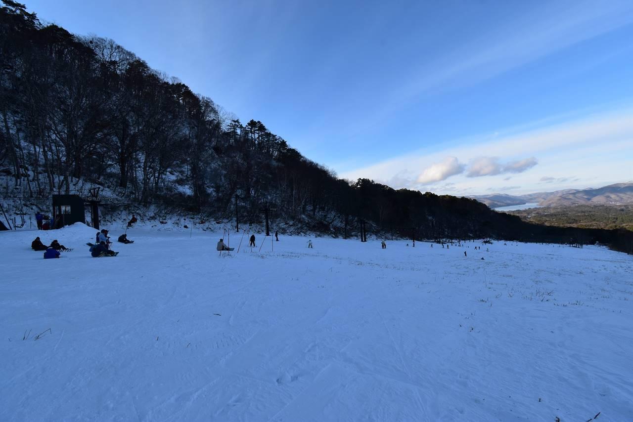 裏磐梯スキー場に下山