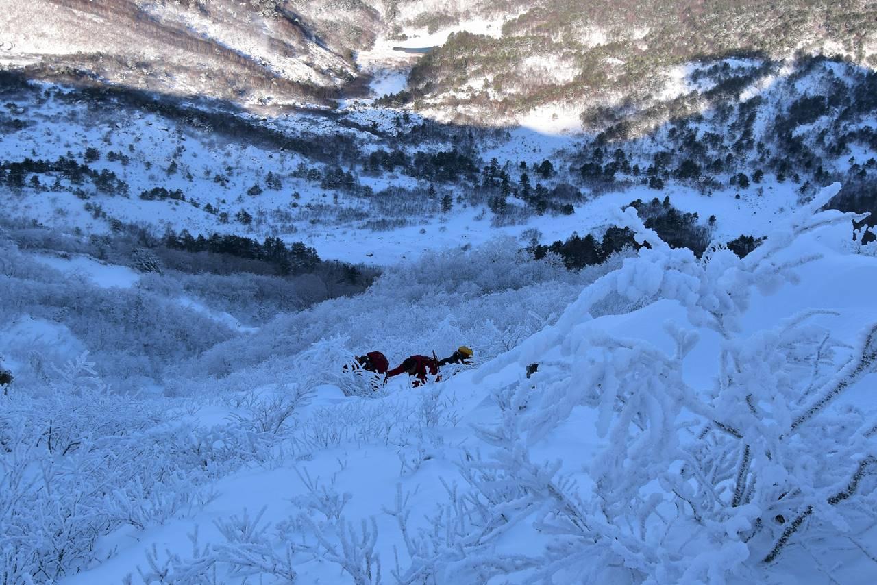 磐梯山 樹氷の登山道
