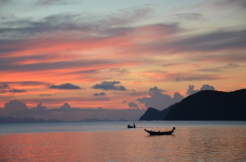 Travel Tips: How to Reach Koh Phangan From Bangkok