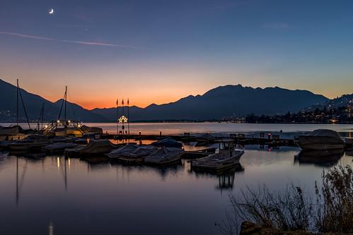 locarno minusio ticino tessin lagomaggiore lago verbano tenero tenerocontra svizzera schweiz suisse switzerland mappo mappomorettina lapprodominusio sunset tramonto luna moon venere venus