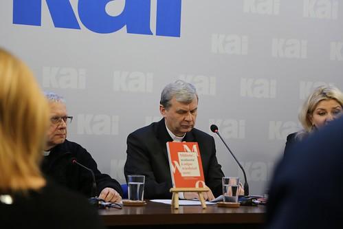 Trzeźwi - wolni - szczęśliwi (konferencja prasowa), Warszawa, 30 XII 2019 r.