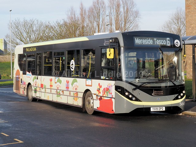 Blackpool Transport Services ADL Enviro 200 564 YX19 OPD in Christmas 2019 livery (1)