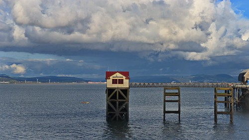 building lifeboat sea seaside seaview seascape clouds water wales southwales structure pier mumbles