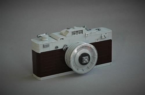 Oversized camera - New Elementary parts fest