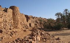 Mauritanie2005 - Ruines partiellement restaurées du ksour de Ouadane (mosquée)