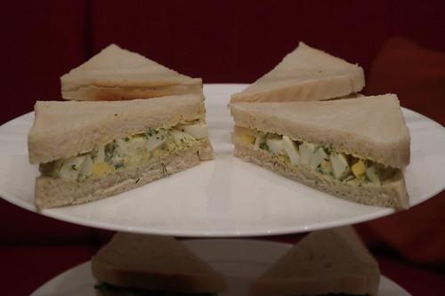 Etageren-Ebene mit Egg-Sandwiches