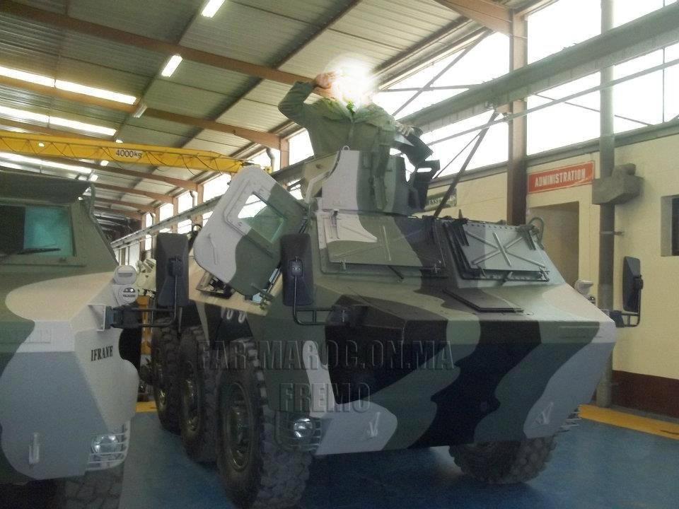Renault VAB VTT et VCI des Forces Armées Royales 49301182452_9fc8b1e825_b