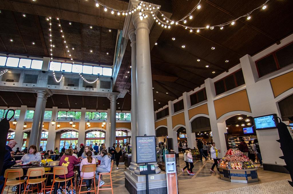 El Coronado de Mercado inside