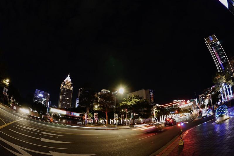 信義商圈的夜晚